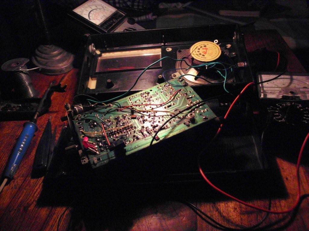晶体中波发射电路图
